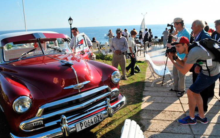 Cuba receives its first million visitors in 2017